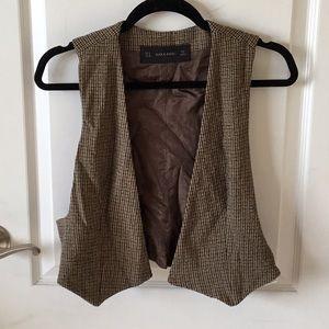 BRAND NEW: Zara neutral color vest